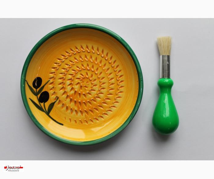 Knoblauch-Reibe-Teller mit Pinsel